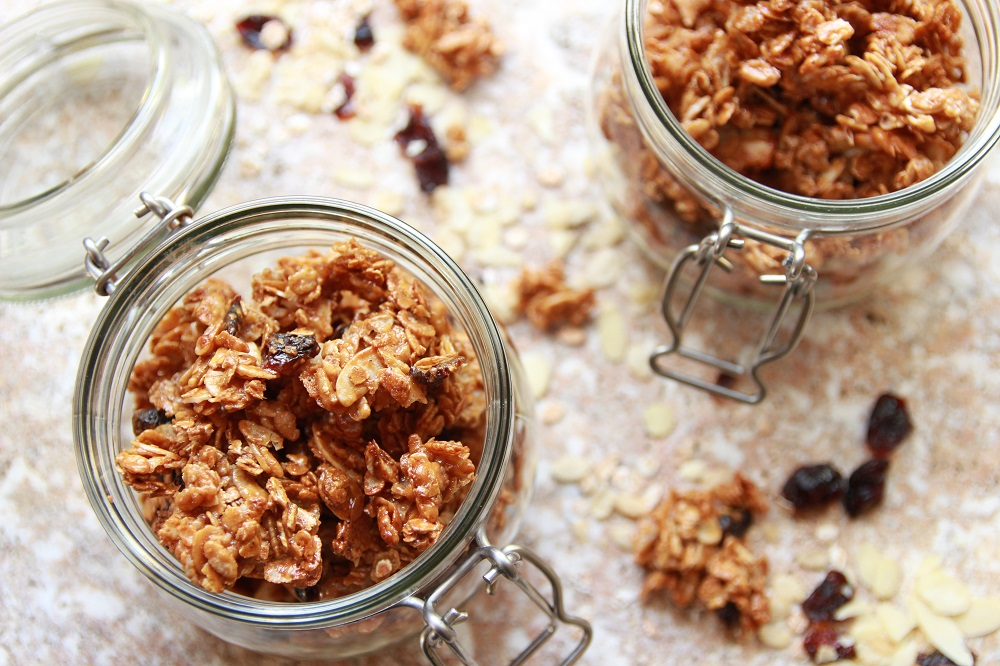puffed rice granola